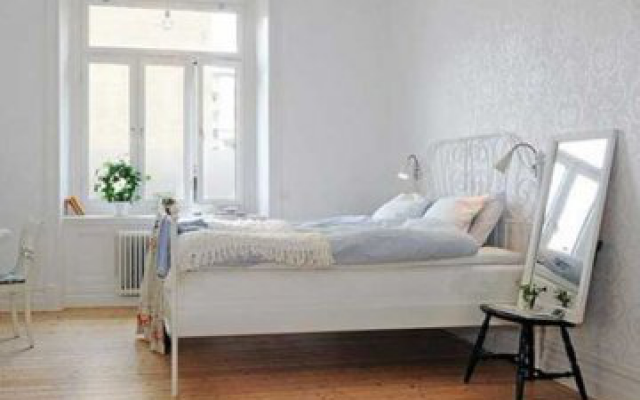現代簡約風格裝修的臥室,溫馨而不失時尚!